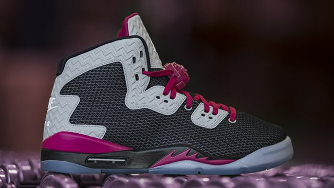 Here is the Girls Exclusive Jordan Air Spike 40