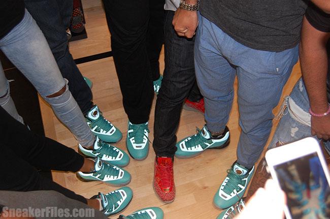 Li-Ning WoW 4 Event Sneakers