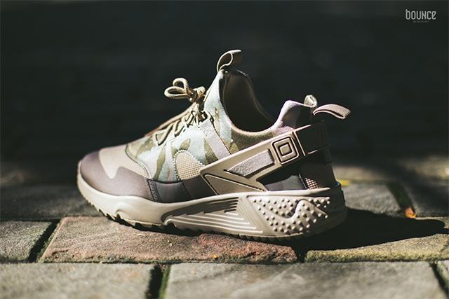 Nike Air Huarache Utility Camo Khaki