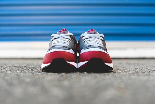 Nike Air Max 1 Essential Wolf Grey Gym Red