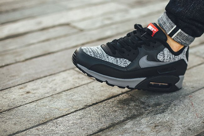 Nike Air Max 90 Essential Knit