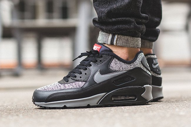 Nike Air Max 90 Essential Black Grey Red  0277c4807