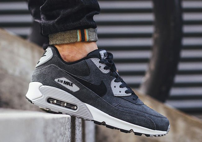 82a0f7426d4 Nike Air Max 90 Leather Anthracite Wolf Grey