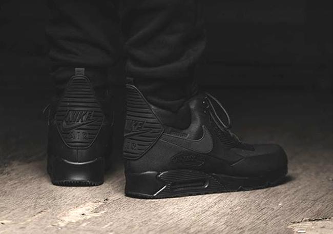 new styles c1cd6 a999f Nike Air Max 90 Sneakerboot Winter Black
