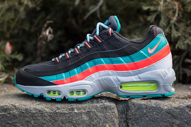 Nike Air Max 95 Solar Red Emerald Volt