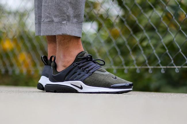 Nike Air Presto Cargo Khaki On Feet