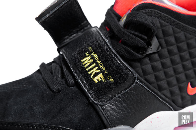 Nike Air Trainer Cruz Black Crimson