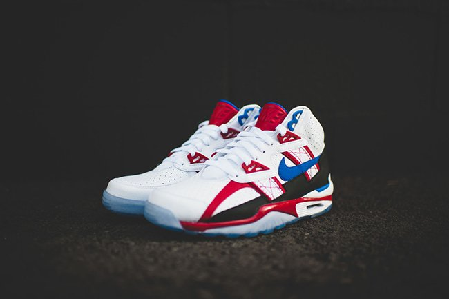 Nike Air Trainer SC High Bo Knows Commercial