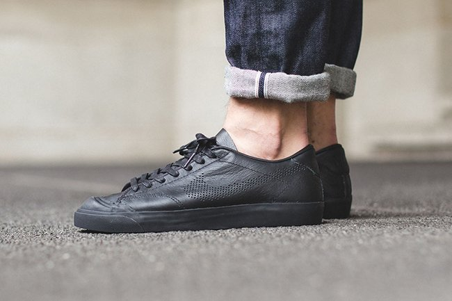 Nike All Court 2 Low QS Triple Black