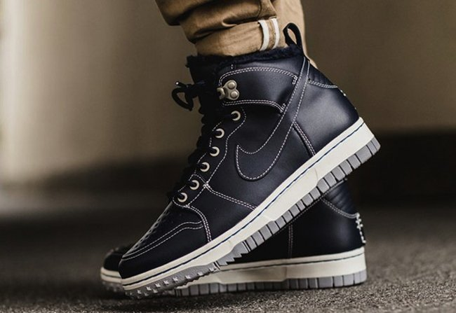 Nike Dunk Comfort Sneakerboot Obsidian
