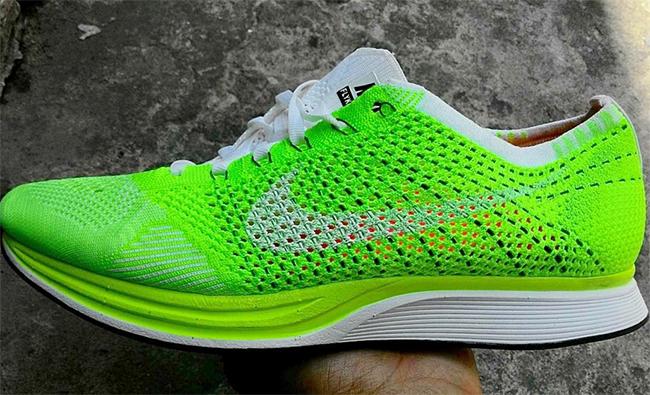 Nike Flyknit Racer Neon Green
