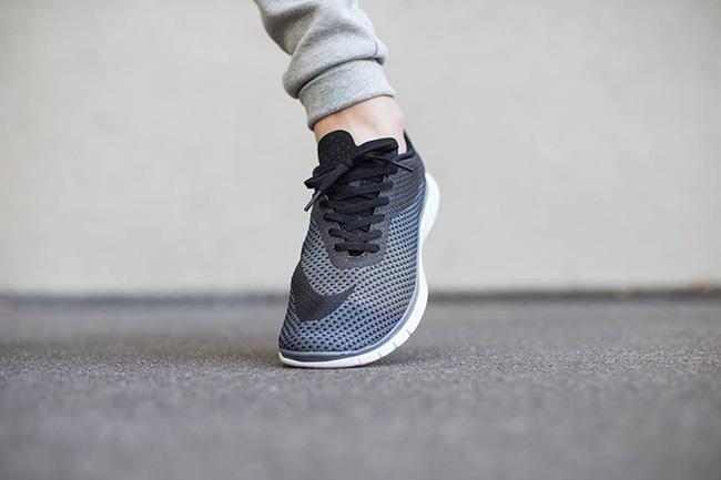 Nike Free Hypervenom Low On Feet