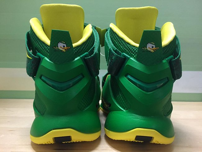 Nike LeBron Soldier 9 Oregon Ducks