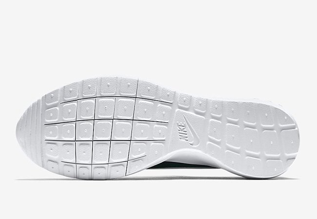 Nike Roshe Cortez Tonal Suede Green