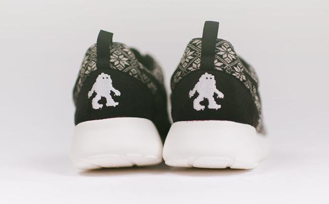 Nike Roshe One Winter Yeti Sweater Black
