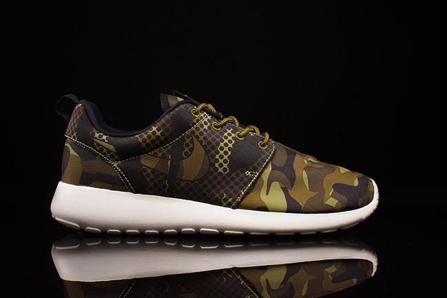 Nike Roshe Run Print Camo