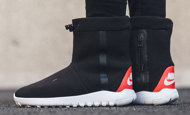 Nike Tech Fleece Boot Black White Red