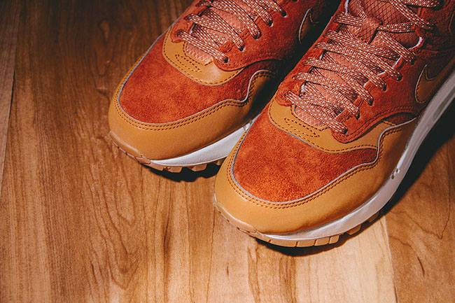 quite nice 54780 17b68 Nike WMNS Air Max 1 Mid Sneakerboot Caramel Brown