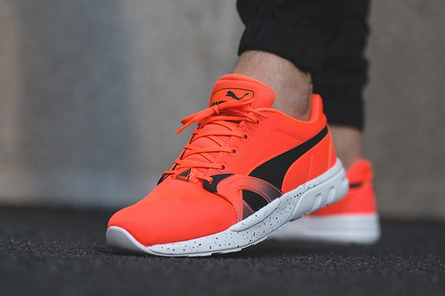 Puma XT S Speckle Fluo Peach