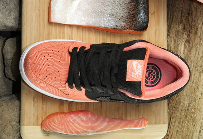 Salmon Nike SB Dunk Low Premier