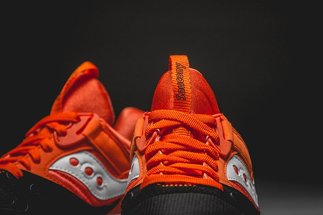 Saucony Grid 9000 Hallowed Pack