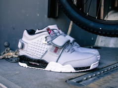 Wolf Grey Nike Air Cruz