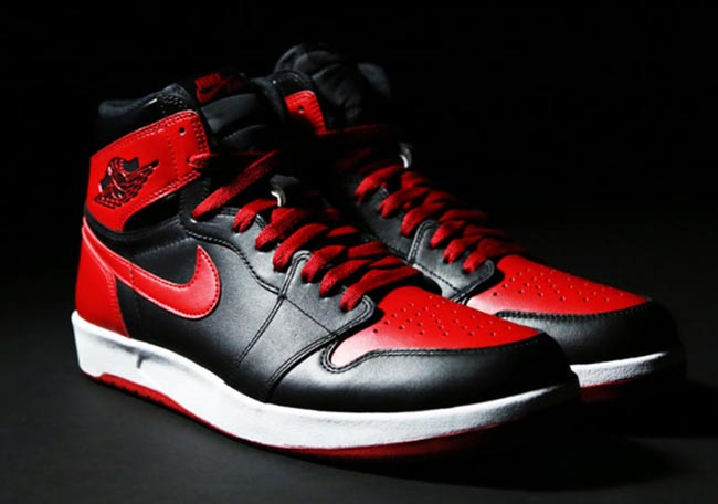 Air Jordan 1.5 Bred Black Red