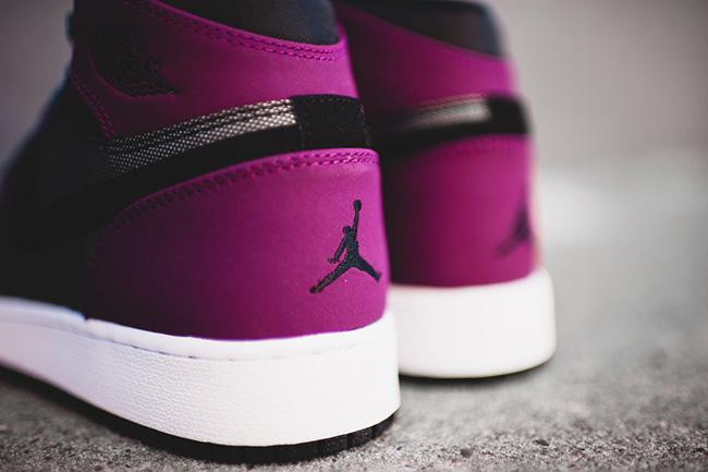 Air Jordan 1 High GS Mulberry