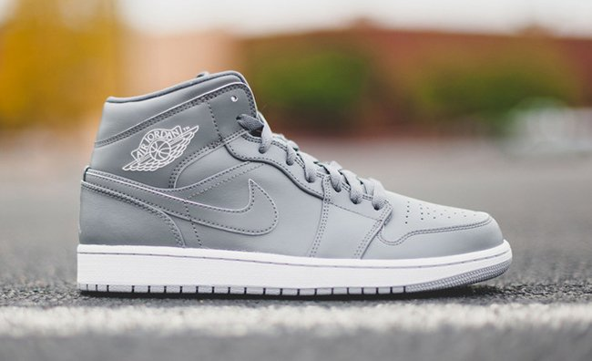 7f19c42fc42 Air Jordan 1 Mid Triple Grey