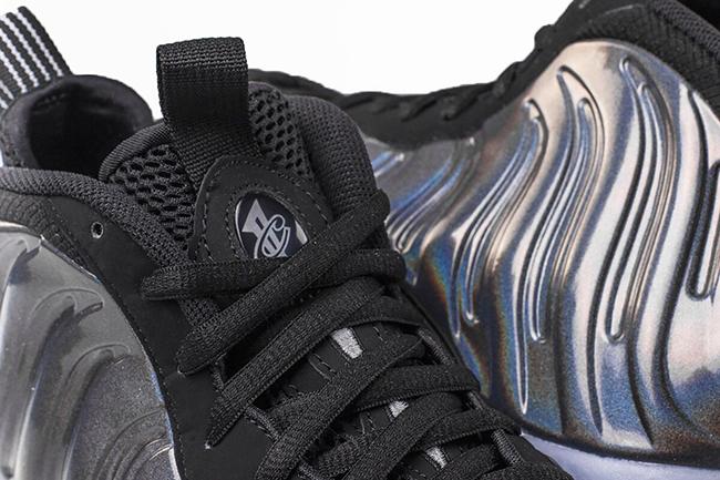 Hologram Nike Foamposite One November