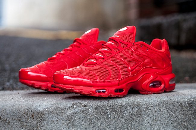 all red nike air max plus release date
