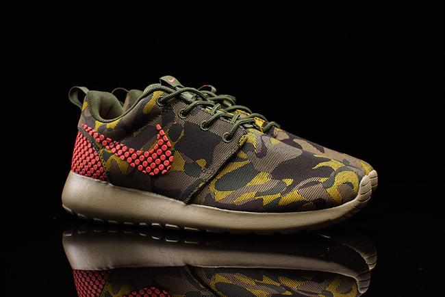 Nike Roshe One Plus Camo