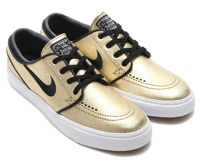 nike sb gold pack holiday 2015 sneakerfiles. Black Bedroom Furniture Sets. Home Design Ideas