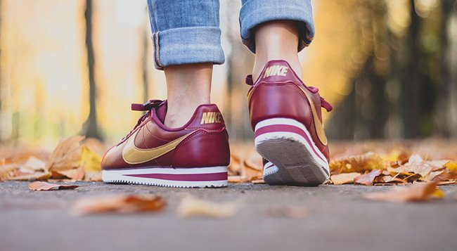 Nike WMNS Classic Cortez Leather Team Red