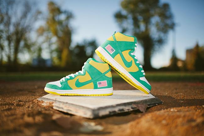 Oakland Nike SB Dunk High