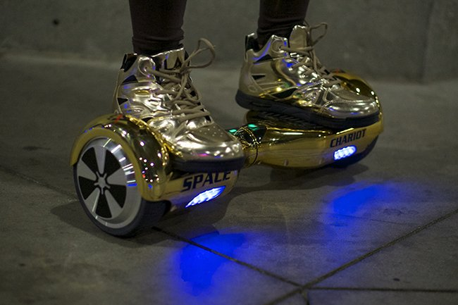 Space Chariot LA Gear Hoverboard Pack