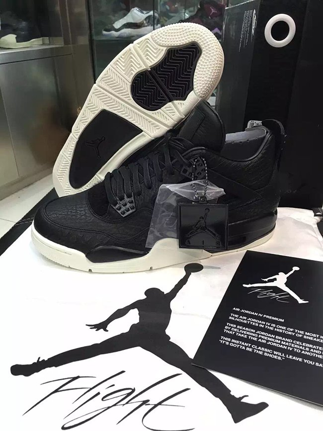 Air Jordan 4 Retro Premium Black