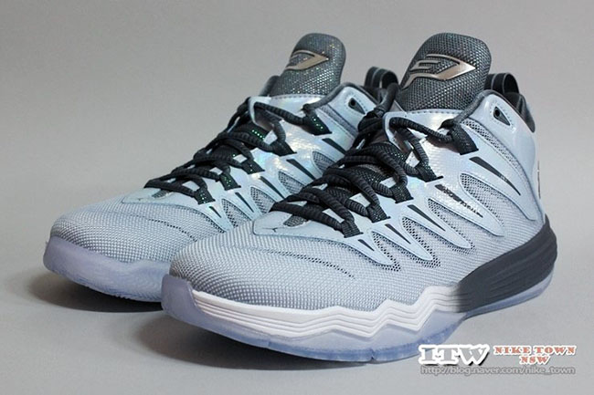 4e5d2bb0900879 low-cost Jordan CP3 9 Super Fly 4 Frozen Moments is for Christmas ...