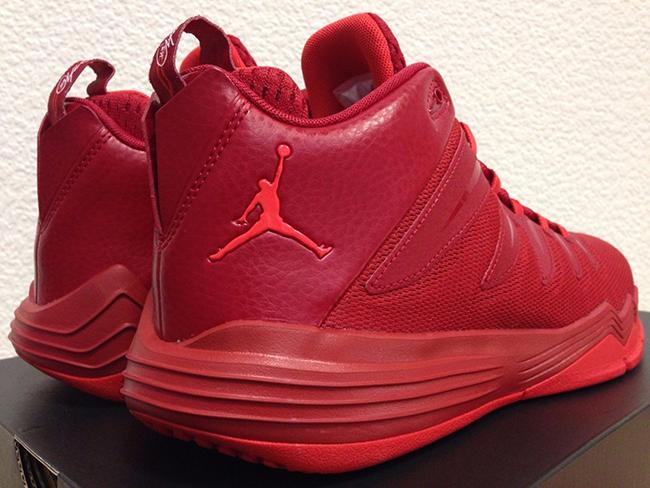 Jordan CP3 9 Red October
