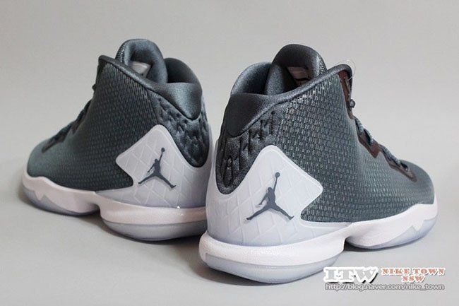 9abee2595373b8 ... Jordan CP3 9 Super Fly 4 Frozen Moments is for Christmas well-wreapped  ...