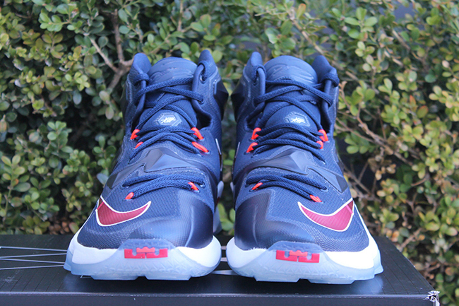 Midnight Navy Nike LeBron 13