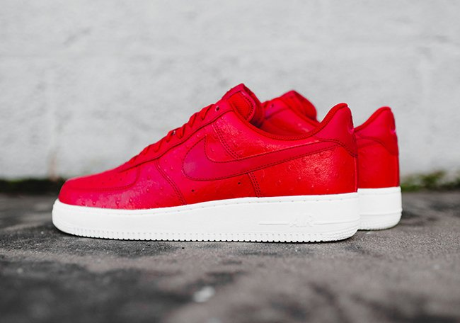 Nike Air Force 1 Low Ostrich Red