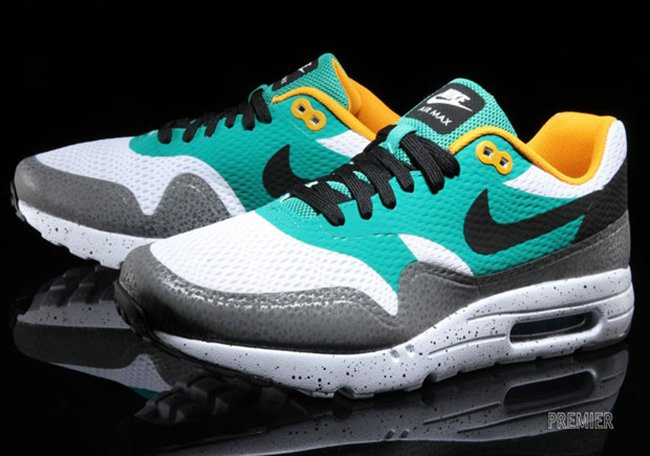 cheap for discount a307d d2383 Nike Air Max 1 Ultra Moire Safari hot sale 2017