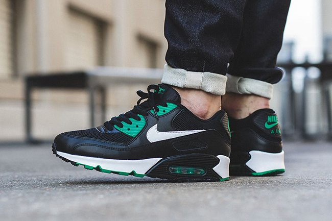 Nike Air Max 90 Essential Lucid Green