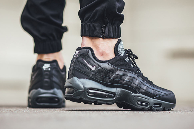 Nike Air Max 95 Woven Tongue