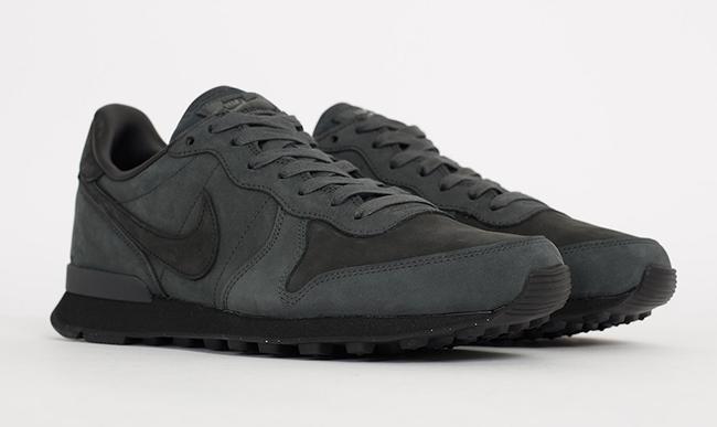 Nike Internationalist LX Anthracite