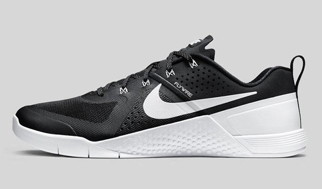 Nike Metcon 1 Black White