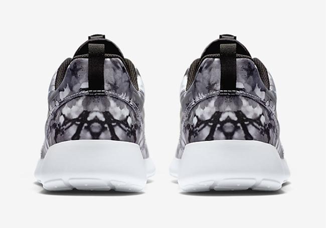 Nike Roshe One Cherry Blossoms