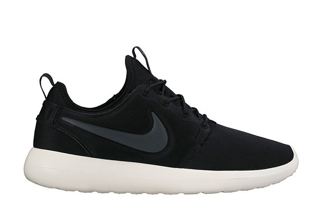 nike roshe two men