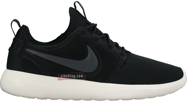 Nike Roshe Two Black White